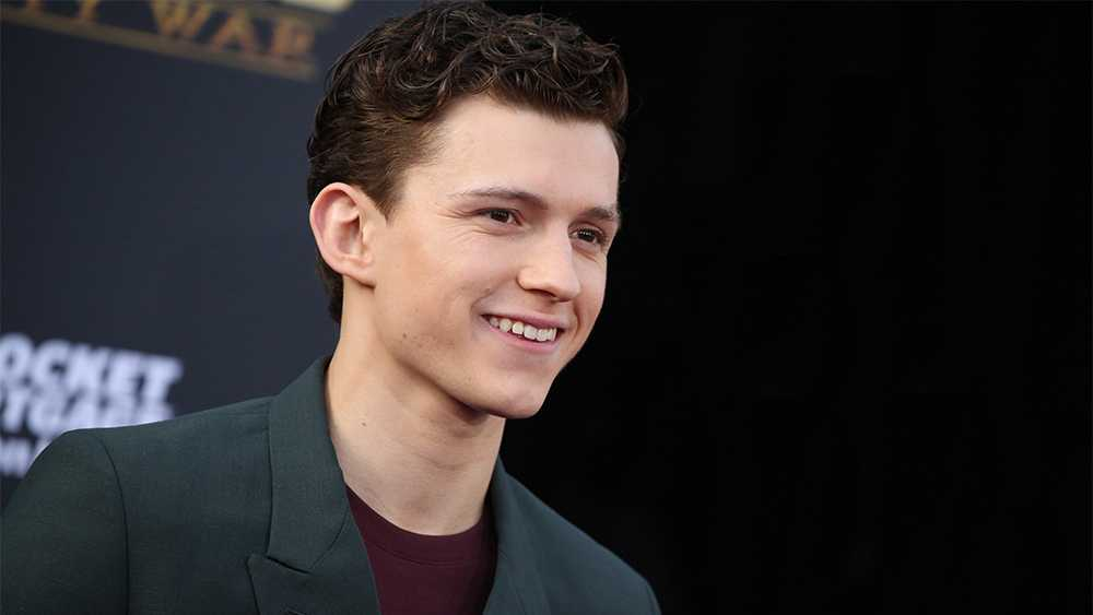 Tom Holland sorprende bailando ballet