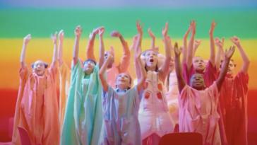 """Sia regresa con su nueva canción """"Together"""""""