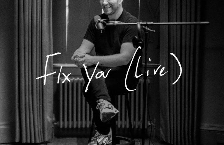"""Sam Smith lanza una nueva versión de """"Fix You"""" de Coldplay"""